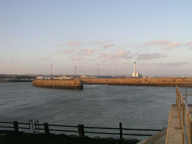 Inner and Eastern breakwater, Shoreham Harbour