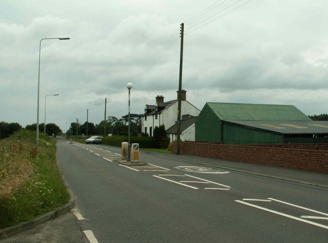 Barn and house on B721 at Rigg
