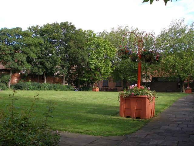 Grade 1 listed church gardens, formerly the churchyard