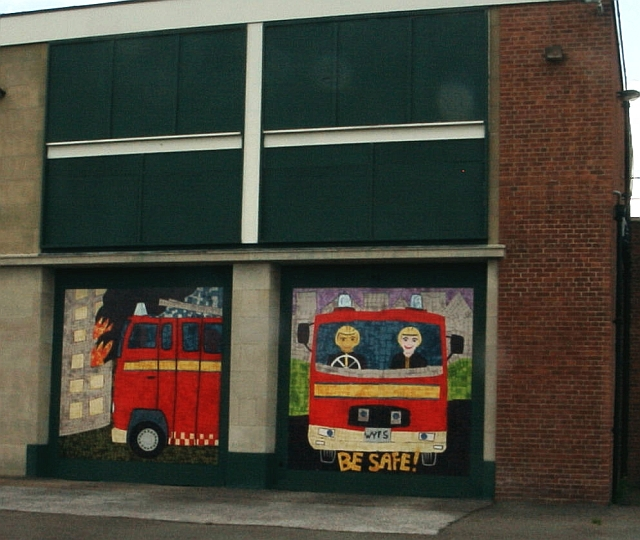 Disused Fire Station - decorated panels (1)
