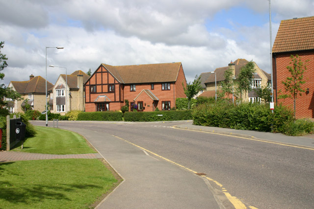 Houses in Woodlands Park Drive