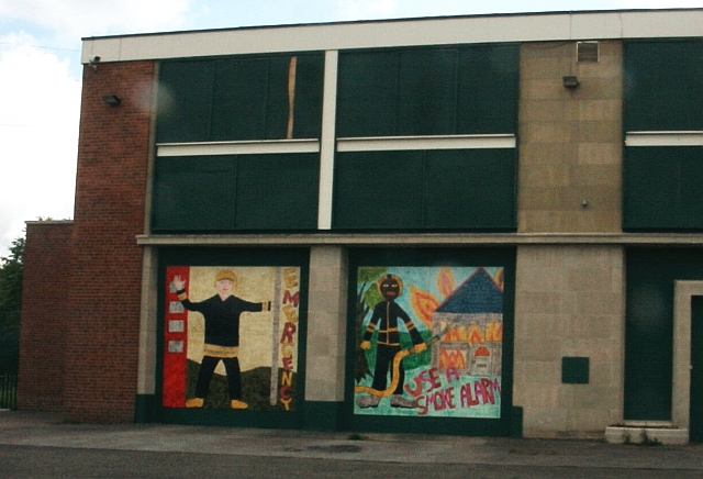 Disused Fire Station - decorated panels (2)