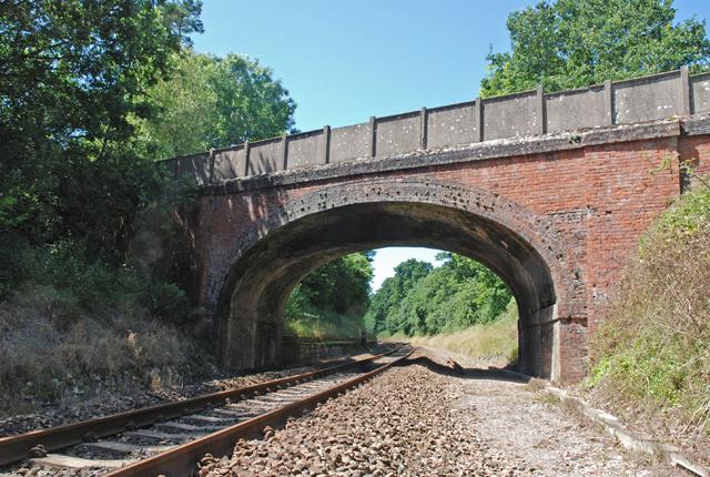 Under the bridge to Gillingham