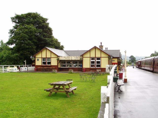 Bolton-Abbey Station