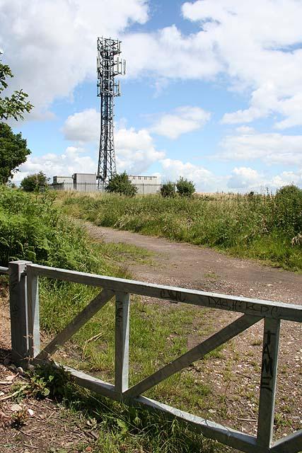 Mast between Greasbrough and Kimberworth Park