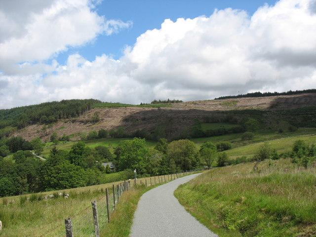 The road to Hafod Fraith