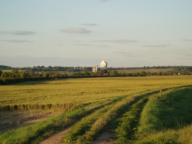 Fields towards Amcotts