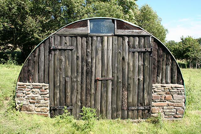 Tawstock: hut at Sideham