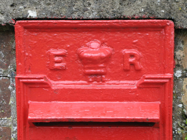 Edward VII postbox (close up)