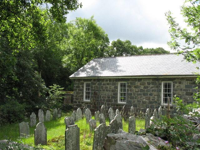 Capel a Mynwent yr Annibynwyr, Y Ganllwyd. Independent Chapel and Cemetery, Ganllwyd