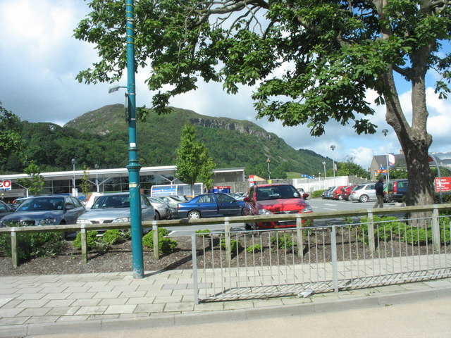 The car park at Porthmadog's Tesco store