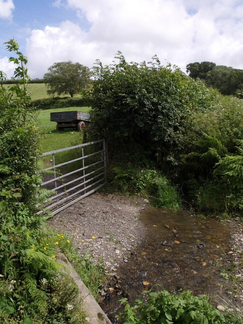 Gateway near Ashmill