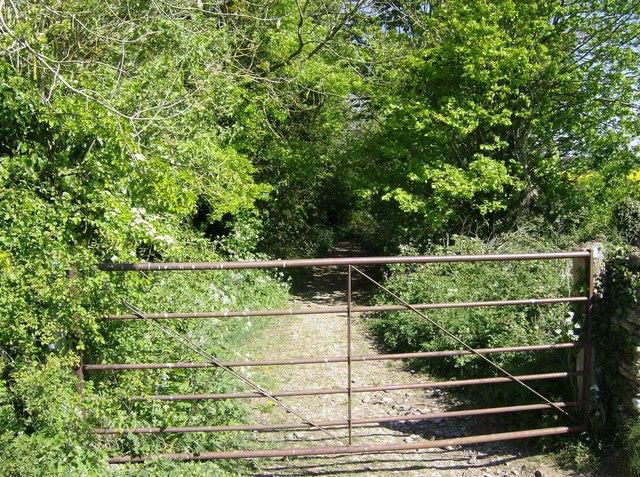 Track north of Hookshouse