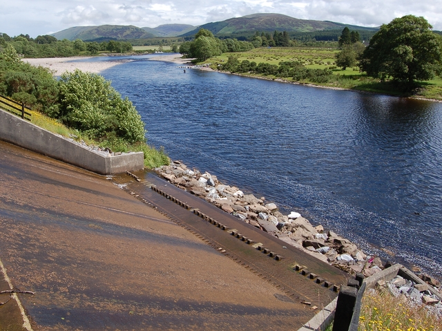 Weir from the Caledonian Canal