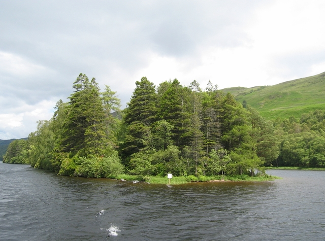 Island in Loch Oich