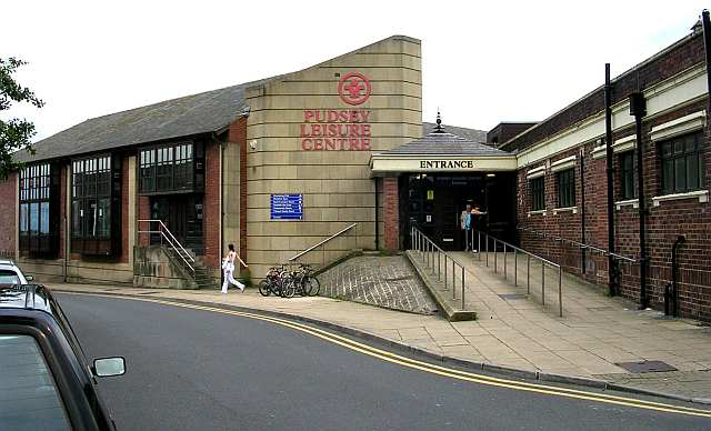 Pudsey Leisure Centre - Crawshaw Hill