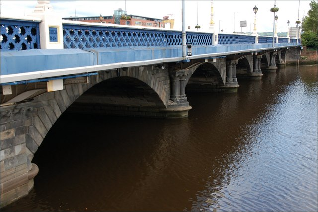 The Queen's Bridge, Belfast