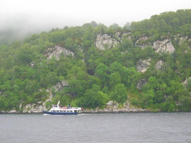Cliffs below Craig Corrie