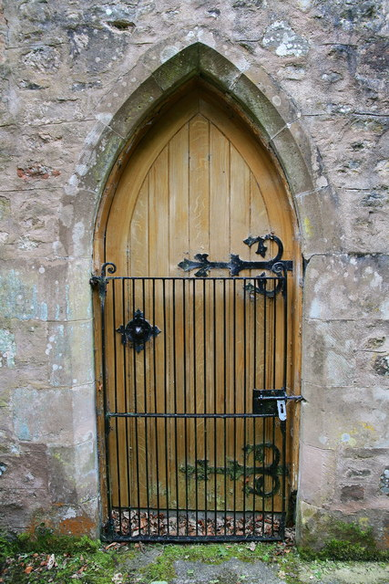 Church door, Longformacus