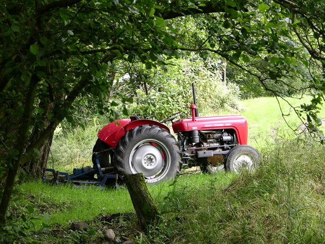 Tractor near Lumb