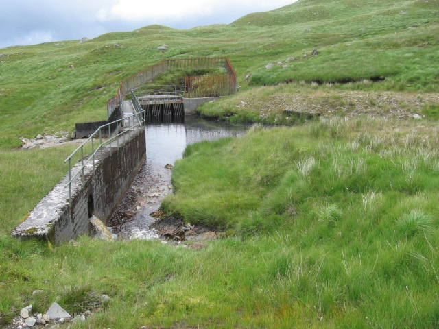 Dam and water intake on the Eas Riachain