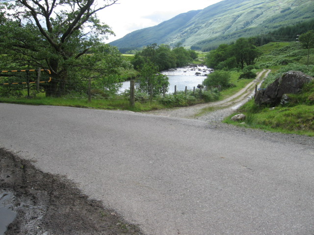 Track, road and river Fyne