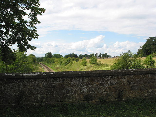 Bridge over the railway to Charlbury