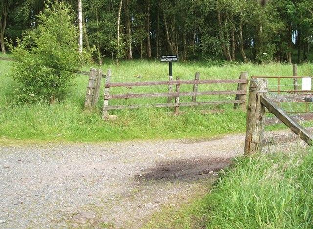 Gannochan Farm entrance.