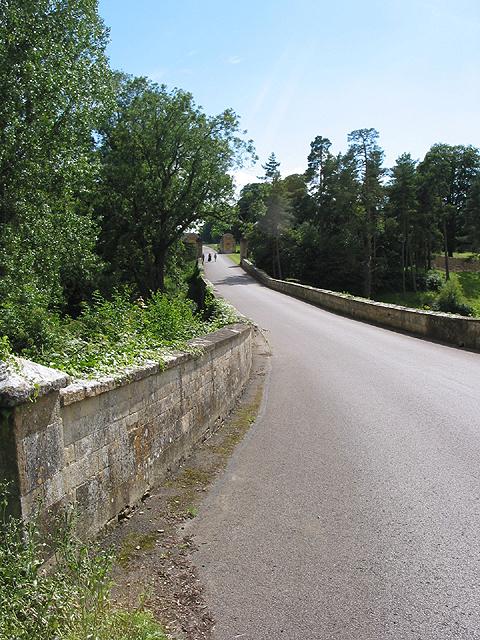 Driveway entering Cornbury Park