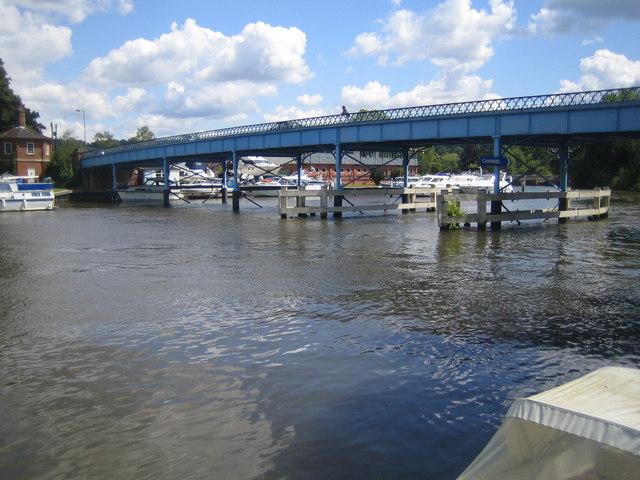 River Thames & Cookham Bridge