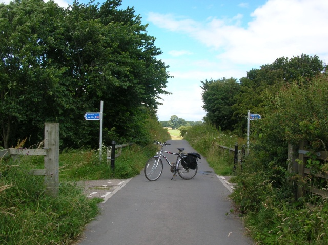 Crossing cycle routes