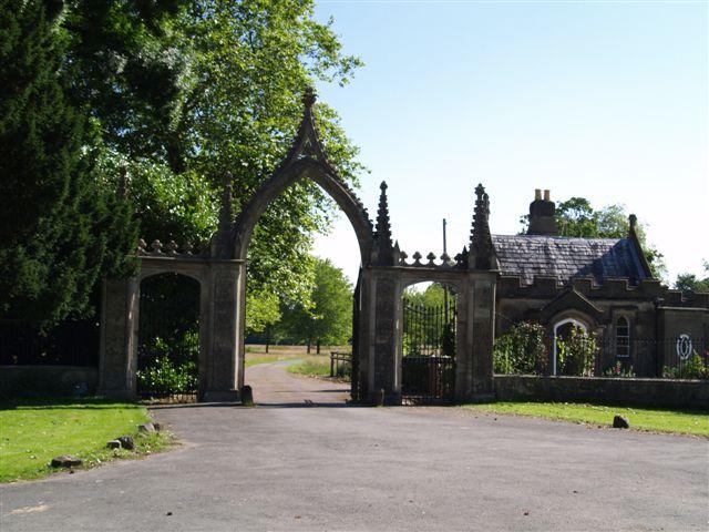 Clytha Park Main gates