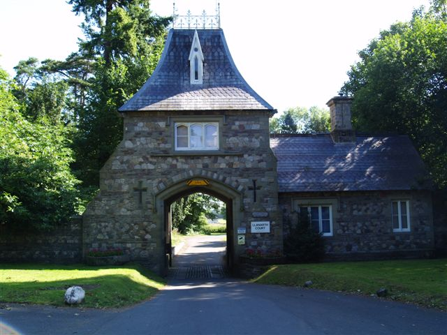 Llanarth Court main gate