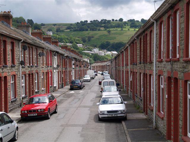 Cae Felin street in Llanhilleth