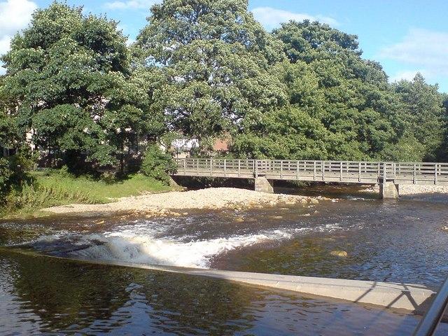 Alma Weir and Footbridge, River Skell