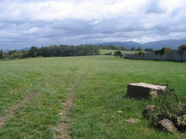 Parc Dinmor Pasture and the Anglesey Coastal Path