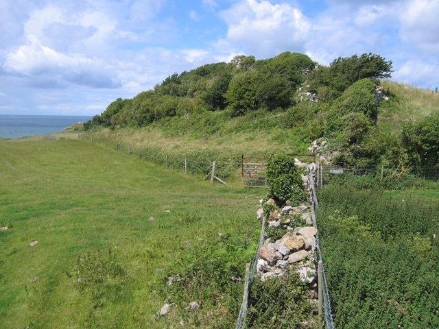 Boundary between Parc Pentir and Parc Dinmor