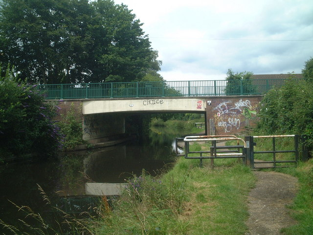 Canal bridge, High Street, Solihull Lodge