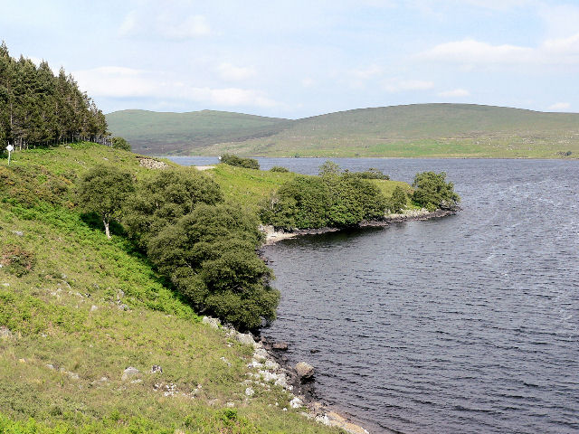 Small bay on Loch Naver