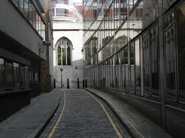 City of London: St. Dunstan's Lane reflections