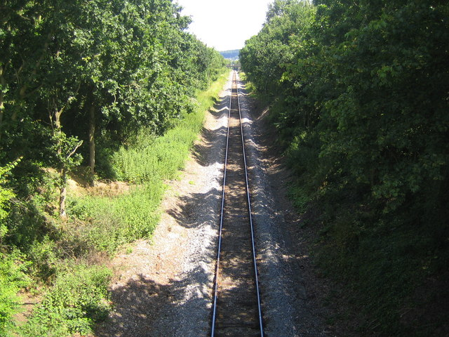 Cookham: Railway line to Bourne End