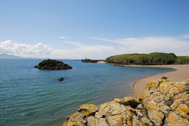 Mermaid Cove, Ynys Llanddwyn