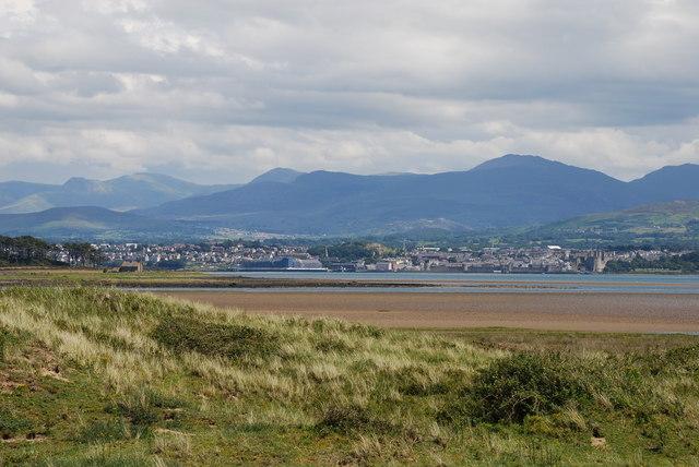 View across Traeth Melynog