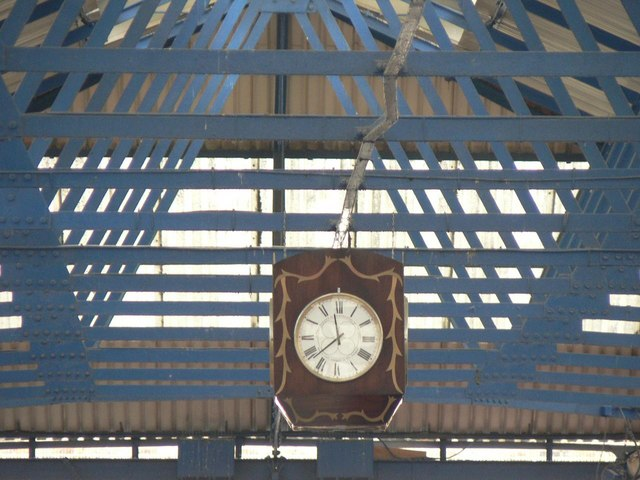 Greenwich: market clock