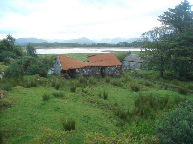 Ardentiny cottage and byre
