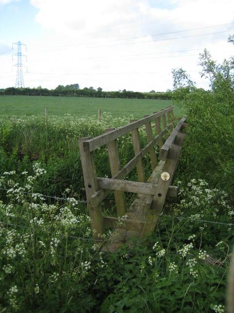 Footbridge, Claydon Brook near Addington