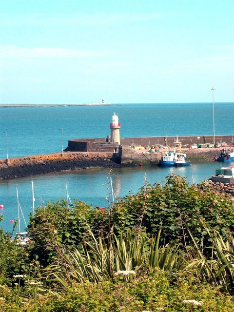 Dunmore East lighthouse
