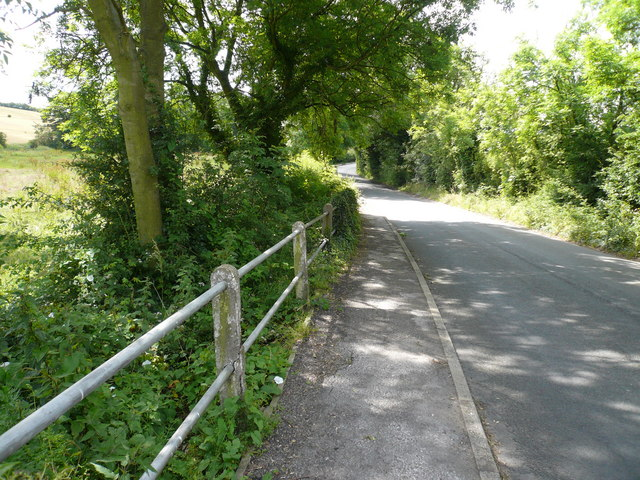 Pilsley Road approach to Danesmoor