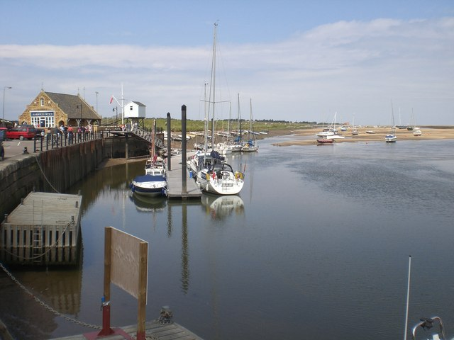 Harbour office and mooring
