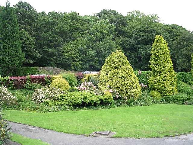 Wilton Park Gardens